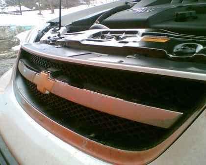 Защита подкапотного пространства  седана/вагона от грязи Chevrolet Lacetti.