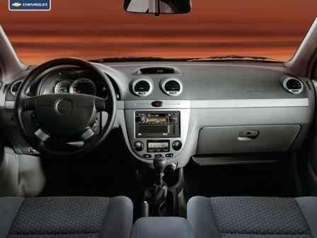 Замена накладок панели и воздуховодов в хетчбеке/вагоне Chevrolet Lacetti